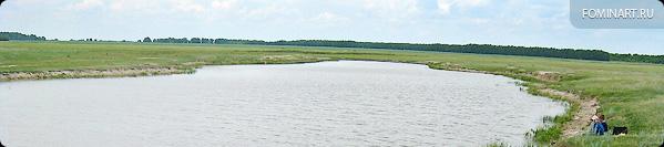 Искусственно созданное озеро «Котлован». Ребятня рыбачит